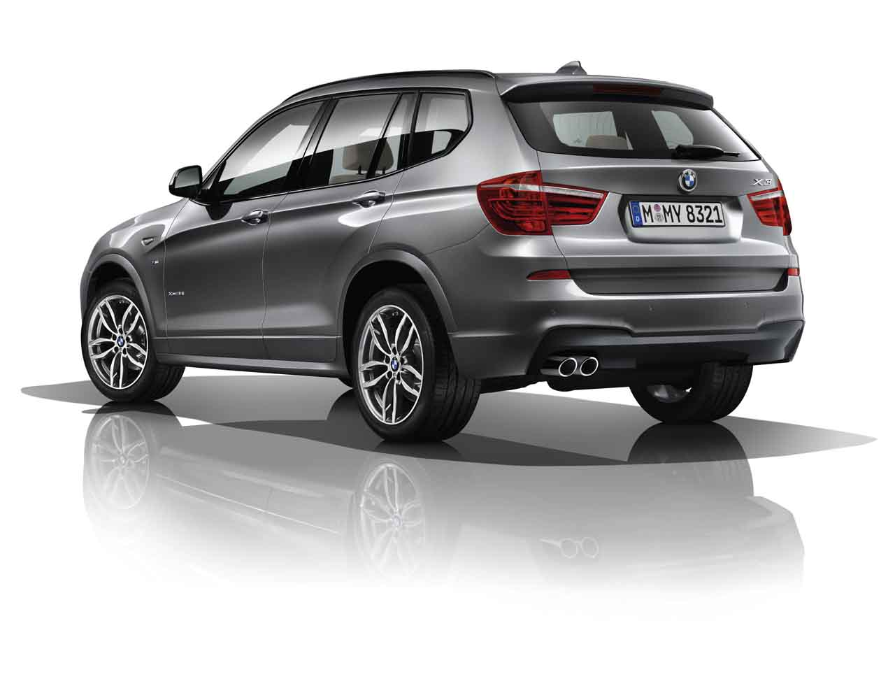 bmw x3 xdrive30d m sport launched in india price rs 60 lakh. Black Bedroom Furniture Sets. Home Design Ideas