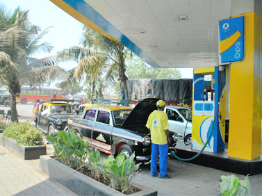 CNG, PNG prices cut in Delhi and Mumbai by MGL