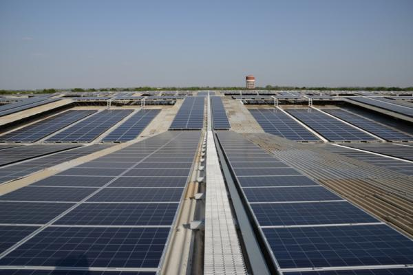 India approves €1 bln German solar power program to combat global warming