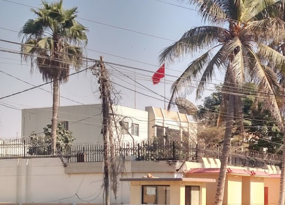 Militants try to storm Chinese consulate in Karachi, Pakistan
