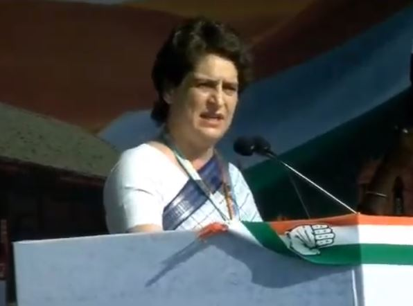 Crowds chant 'Indira! Indira!' as Priyanka Gandhi takes stage in Gujarat
