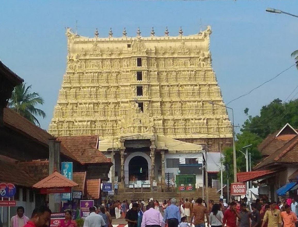 Supreme Court gives right to open Padmanabha Swamy temple treasure to admin committee