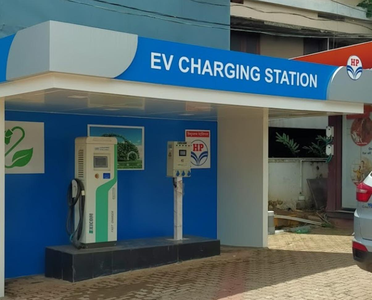 Tata Power to set up EV charging points at HPCL pumps